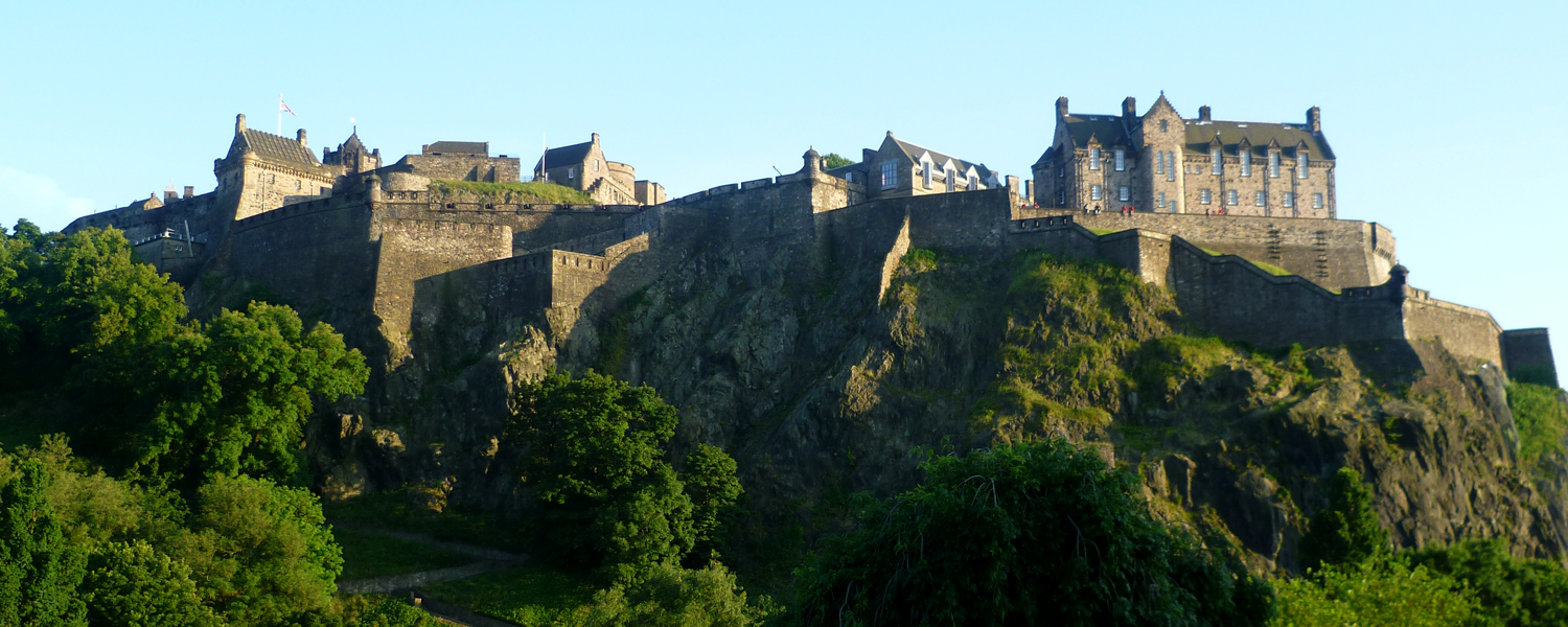 Explore beautiful Edinburgh